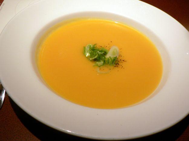 zuppa di zucca gialla