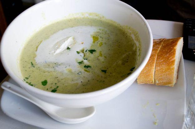 zuppa di zucchine e yogurt
