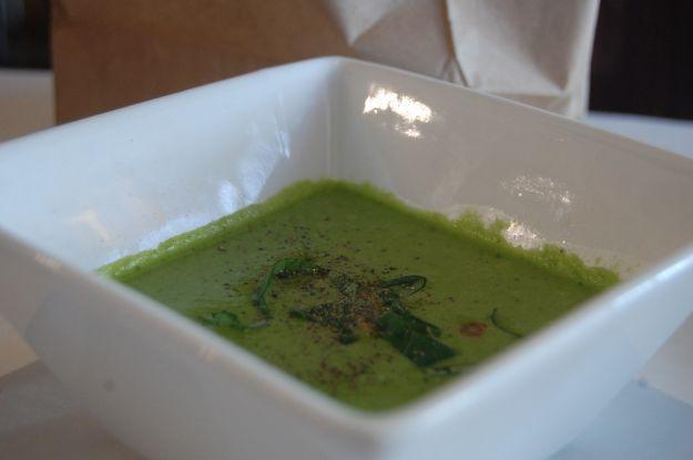 Zuppa fredda di avocado