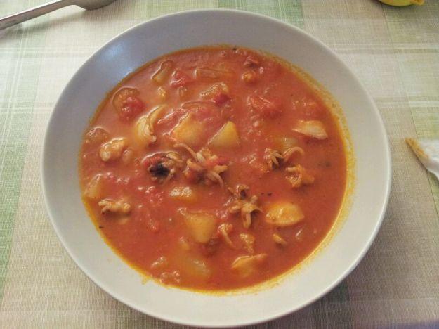 Zuppa di seppie e patate alla paprika